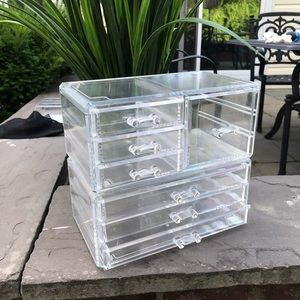 Cosmetic Make up and Jewelry Storage Case Display